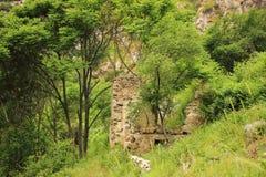 Las ruinas del pueblo de Hunot en el barranco de Hunot Imagen de archivo libre de regalías