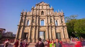 Las ruinas famosas ligeras de Macao de la puesta del sol del ` s de San Pablo apretaron China del lapso de tiempo del panorama 4k metrajes