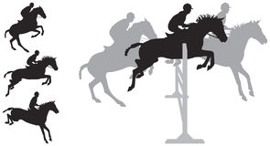 Las siluetas de salto del caballo Foto de archivo libre de regalías