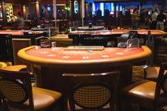 Las tablas de juego en el pasillo del casino atesoran la isla, Las Vegas Foto de archivo libre de regalías