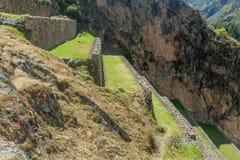 Las terrazas agrícolas del inca en Ollantaytambo foto de archivo libre de regalías