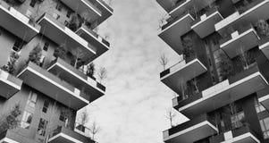 Las terrazas verdes del rascacielos llamaron el verticale del bosco Fotos de archivo