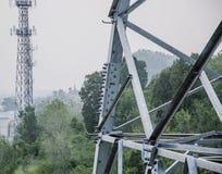 Las torres de la comunicación móvil imagen de archivo libre de regalías