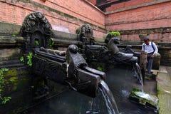 Las trombas marinas de Manga Hiti. Patan, Nepal imagen de archivo libre de regalías