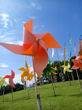 Las turbinas de viento representan a una independiente Fotografía de archivo