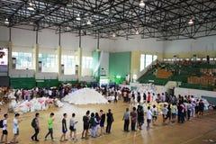 Las víctimas de inundación consiguieron la materia del gobierno tailandés Fotografía de archivo libre de regalías