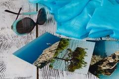 Las vacaciones del viaje del verano recuerdan con las fotos viejas Imágenes de archivo libres de regalías