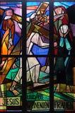 las 8vas estaciones de la cruz, Jesús encuentran a las hijas de Jerusalén Imagen de archivo libre de regalías
