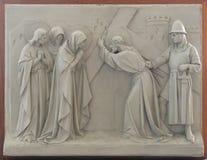 las 8vas estaciones de la cruz, Jesús encuentran a las hijas de Jerusalén Fotos de archivo libres de regalías