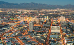 Las Vegas śródmieście - widok z lotu ptaka rodzajowi budynki przy zmierzchem fotografia stock