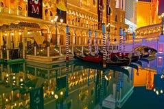 Las Vegas alla notte fotografie stock libere da diritti