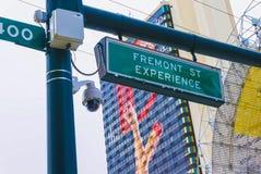 Las Vegas Amerikas förenta stater - Maj 07, 2016: Tecknet av ingången till den Fremont gataerfarenheten under royaltyfria bilder