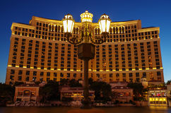 Las Vegas - Bellagio. Game of overlap between the streetlight and Bellagio's Hotel Royalty Free Stock Photos