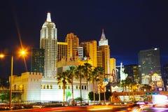 Las Vegas Boulevard i natten Royaltyfria Bilder
