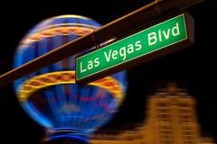 Las- Vegas BoulevardStraßenschild nachts. stockfotografie