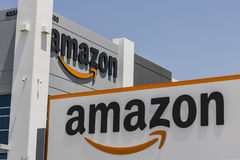 Las Vegas - Circa Juli 2017: Amazonië Com-Vervullingscentrum Amazonië is de Grootste Internet-Gebaseerde Detailhandelaar in Veren stock afbeelding