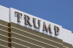 Las Vegas - circa julio de 2017: Hotel Las Vegas del triunfo Nombrado para el promotor inmobiliario y presidente Donald Trump V Imagen de archivo libre de regalías