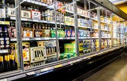 Una caja para la cerveza Imágenes de archivo libres de regalías