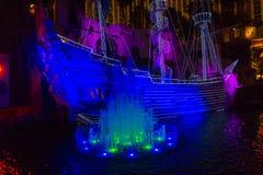 Las Vegas, de Verenigde Staten van Amerika - Mei 07, 2016: Openlucht levende vrij toont de Sirenes van Schateiland in Las Royalty-vrije Stock Afbeelding