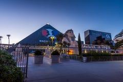 Las Vegas, degli Stati Uniti 28 aprile 2018: L'hotel famoso i della piramide di Luxor Immagine Stock Libera da Diritti