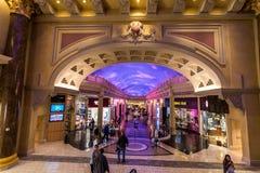 Las Vegas, E.U. - 28 de abril de 2018: O interior do fórum famoso Fotografia de Stock Royalty Free