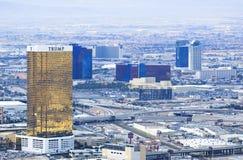 Las Vegas kasyn i hoteli/lów odgórnego widoku miasta krajobraz podczas clou Obraz Stock