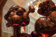 LAS VEGAS - La exhibición de Jeff Koons Popeye Sculpture en Las Vegas Imágenes de archivo libres de regalías