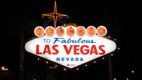 Las Vegas, listopad 07,2017: Powitanie Las Vegas znaka iluminacja Przy nocą Obrazy Royalty Free
