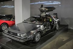Las Vegas, los E.E.U.U., septiembre de 2016 DMC DeLorean de nuevo al coche futuro de la película en el exebition auto fotos de archivo libres de regalías