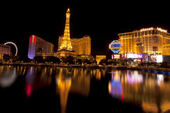 Las Vegas-Nachtleben entlang dem berühmten Streifen Stockfotos