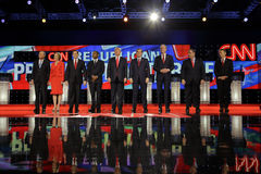 LAS VEGAS, NANOVOLT - 15 DE DEZEMBRO: Candidatos presidenciais republicanos (LR) John Kasich, Carly Fiorina, senador Marco Rubio, Fotos de Stock