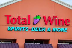 LAS VEGAS, NEVADA - 22 agosto 2016: Birra totale di alcoolici del vino & Fotografie Stock
