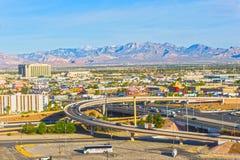 Las Vegas Nevada, Amerikas förenta stater - Maj 04, 2016: Den arial sikten av Las Vegas och den Las Vegas remsan Royaltyfri Bild