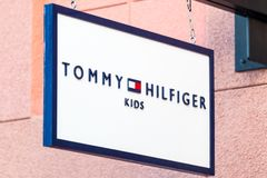 LAS VEGAS NEVADA - Augusti 22nd, 2016: Tommy Hilfiger Kids Logo Arkivfoto