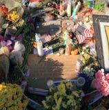 Las Vegas Nevada: Platta och dikt mot hat - på sorgplatsen efter mass som skjuter 2017 Arkivfoto