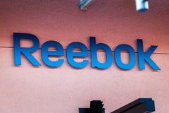 LAS VEGAS NEVADA, Sierpień, - 22nd, 2016: Reebok logo Na sklepie Fron Obrazy Stock