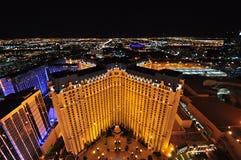 LAS VEGAS NEVADA, USA - APRIL 22, 2015: Aeralsikt av det Paris Las Vegas hotellet och kasinot på April 22, 2015 i Las Vegas Royaltyfri Fotografi