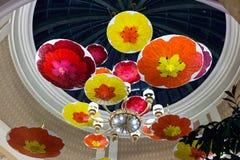 LAS VEGAS, NEVADA/USA - 3 DE AGOSTO: Parasóis brilhantemente coloridos Ha fotografia de stock royalty free