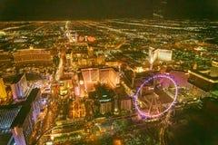 LAS VEGAS, NV - CZERWIEC 29, 2018: Powietrzny noc widok g??wni miast kasyna Las Vegas zna jako Sin City, miasto ?wiat?a, obraz royalty free