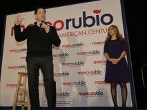 LAS VEGAS, NV - 14 DECEMBER: De republikeinse Presidentiële kandidaat Florida Senator Marco Rubio met zijn vrouw Jeanette Rubio,  Stock Afbeeldingen