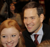 LAS VEGAS, NV - 14 DECEMBER: De republikeinse Presidentiële kandidaat Senator Marco Rubio stelt voor camera bij campagneverzameli Stock Foto's