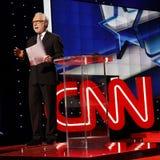 LAS VEGAS, NV, il 15 dicembre 2015, Wolf Blitzer introduce il dibattito presidenziale repubblicano di CNN alla località di soggio fotografia stock libera da diritti