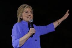LAS VEGAS NV - OKTOBER 14, 2015: Hillary Clinton gamla U S utrikesminister och 2016 demokratiska presidentkandidat, spea Royaltyfria Bilder