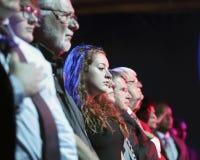 LAS VEGAS, NV - 13 OKTOBER 2015: (L-R) het Democratische presidentiële debat toont publiek tijdens openingsbelofte van trouw Stock Foto