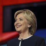 LAS VEGAS, NV - PAŹDZIERNIK 13 2015: (L-R) Demokratyczna prezydencka debata uwypukla kandydat poprzedniej sekretarki stan i U S S fotografia royalty free
