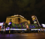 Las Vegas-Planet Hollywood nachts Stockfotos