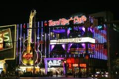 LAS VEGAS US - SEPTEMBER 04: Folk som går i den Las Vegas remsan Fotografering för Bildbyråer