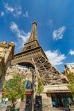 Las Vegas USA - Juli 12, 2017: Paris Las Vegas hotell och kasino Royaltyfria Bilder