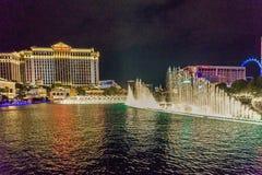 Las Vegas USA - Juli, sikt 2016 av den Las Vegas remsan på natten i Nevada USA Arkivfoton