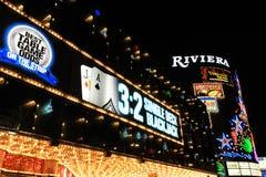 Las Vegas USA - Oktober 10: LETT ljust framme av det Riviera hotellet och kasinot på Oktober 10, 2011 i Las Vegas, USA Fotografering för Bildbyråer